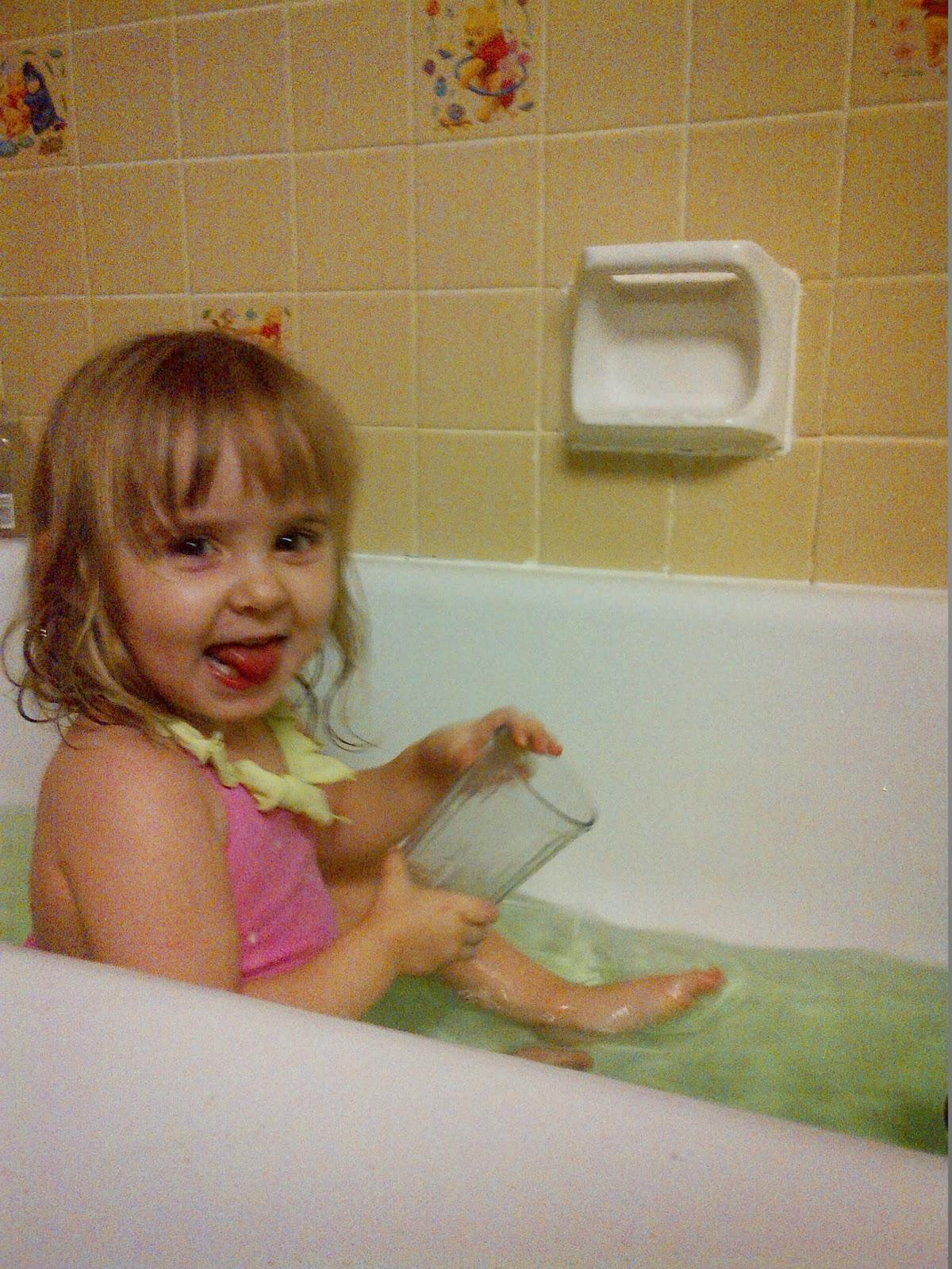 Christmas Sensory bath