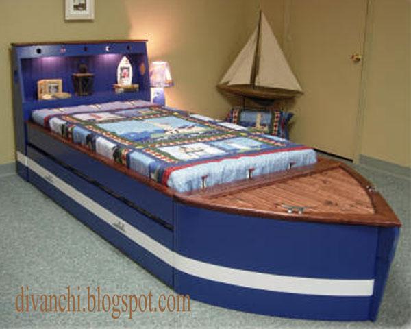 кровать лодка