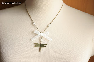 bijou fait main romantique dentelle de calais véritable libellule