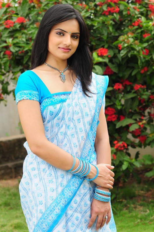 Ritu kaur Spicy Stills  Chandan Telugu Movie Fame Gallery cleavage