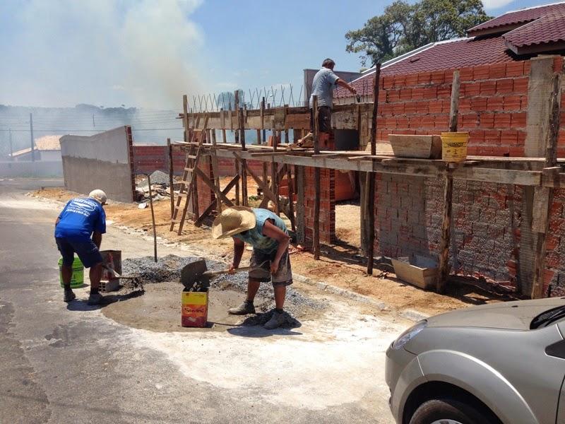 Produzir massa de concreto no asfalto é proibido e rende multa