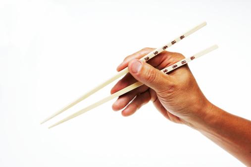 Qué hacer con palillos chinos en Recicla Inventa