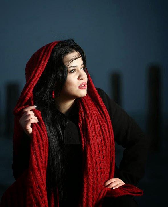Melika Sharifinia Style