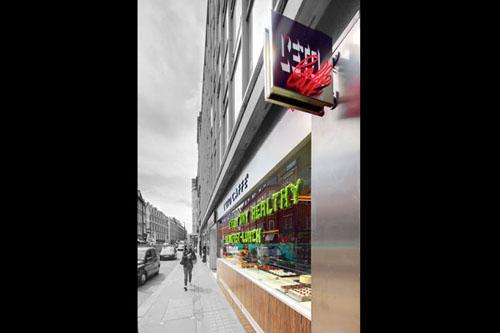 L'Eto Caffe' shop front