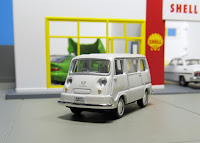 LV-27a Sambar Light Van tomica limited vintage