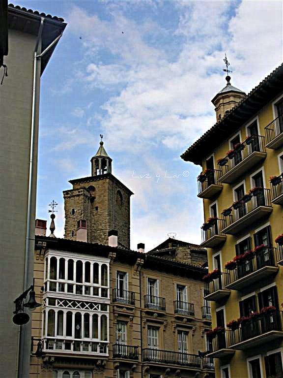 La vida en una mirada pamplona fachadas v - Pamplona centro historico ...
