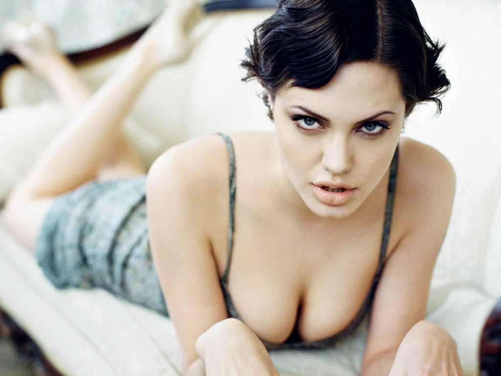 Angelina Joile Brood Ice Skating Celebrity News Updates
