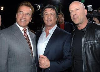 Arnold Schwarzenegger con Sylvester Stallone y Bruce Willis