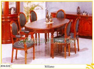 Meja dan Kursi Makan Kayu Jati Ukiran Milano