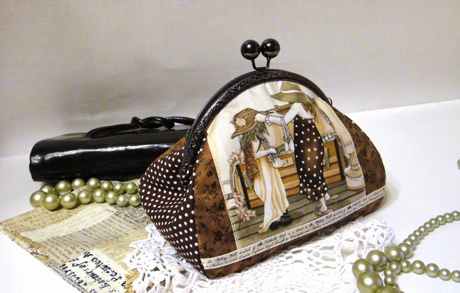 Женская косметичка с фермуаром Шоколадное ретро Маленькая сумочка клатч на защелке