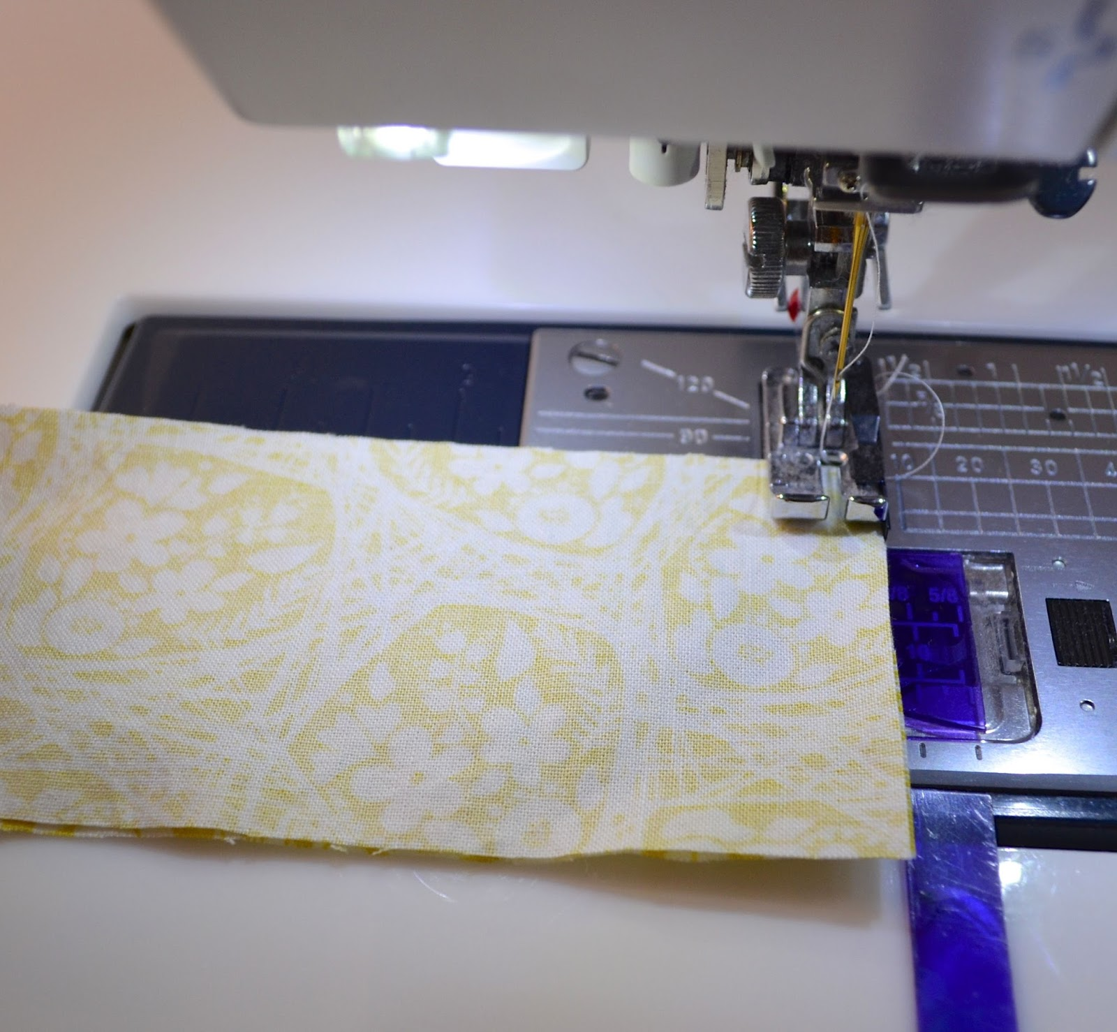 how to cut binding strips for a quilt
