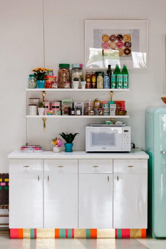 decoracao-rodape-armario-cozinha