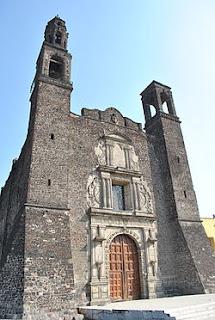 la universidad real y pontificia de la nueva espana: