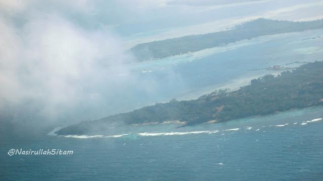 Daratan Karimunjawa dari atas pesawat