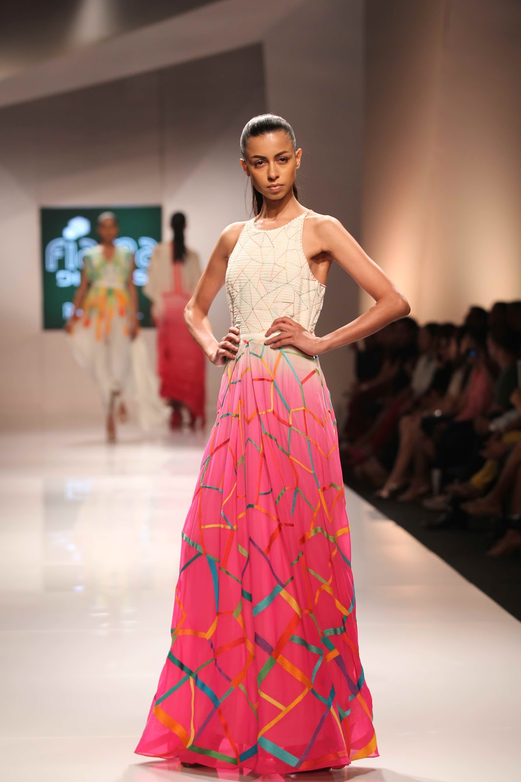 Indian beauty central ibc at fiama di wills presents exotica with ranna gill at wills Wills lifestyle fashion week