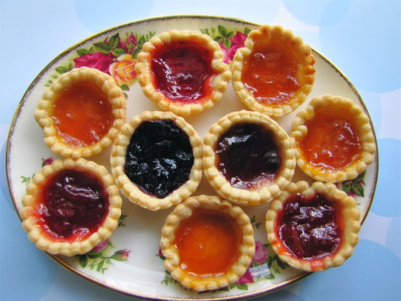 Albion cooks jam tarts for Easy jam tarts ready made pastry