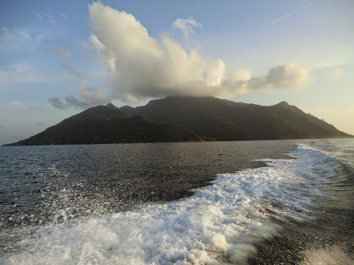 Siluet-Ostrov