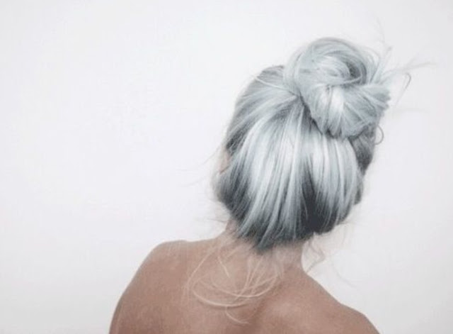 Grey_Hair_Inspirations_The_Pink_Graff_09