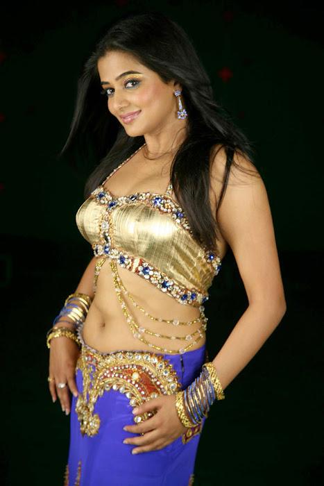 priyamani lakshmi movie photo gallery