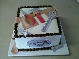 Edee's Custom Cakes: Tools Cake