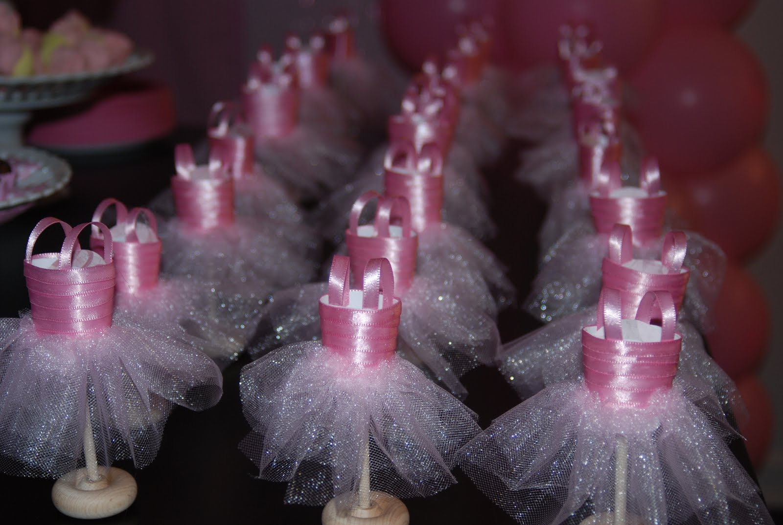 Ballerina party favors baby shower pinterest for Ballerina party decoration ideas