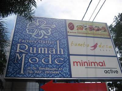 Rumah Mode Bandung – Pengalaman Belanja dengan Balutan Seni Tradisional