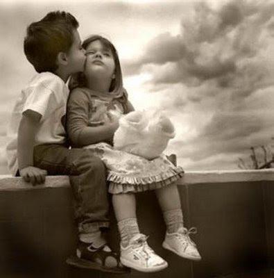http://4.bp.blogspot.com/-rTunZppyr8Y/TbJs7rnl6-I/AAAAAAAAAIE/iZEeKYgfUkw/s1600/1%2BCute%2BKiss%2B%2528www.cute-pictures.blogspot.com%2529.jpg