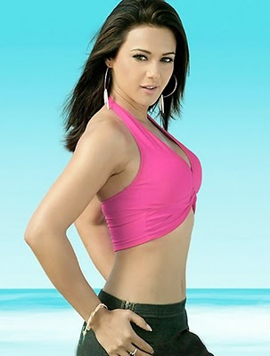 Bollywood+Sexy+Celebrities+Preity+Zinta+Biography+%2526+Picture+2.jpg