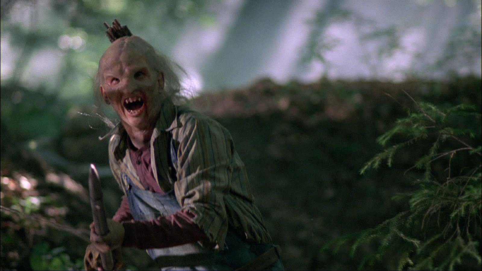 a horror diary review wrong turn 2003