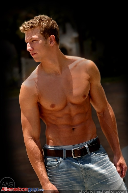 Sixpackhunks ( The All American Guys version): Atch
