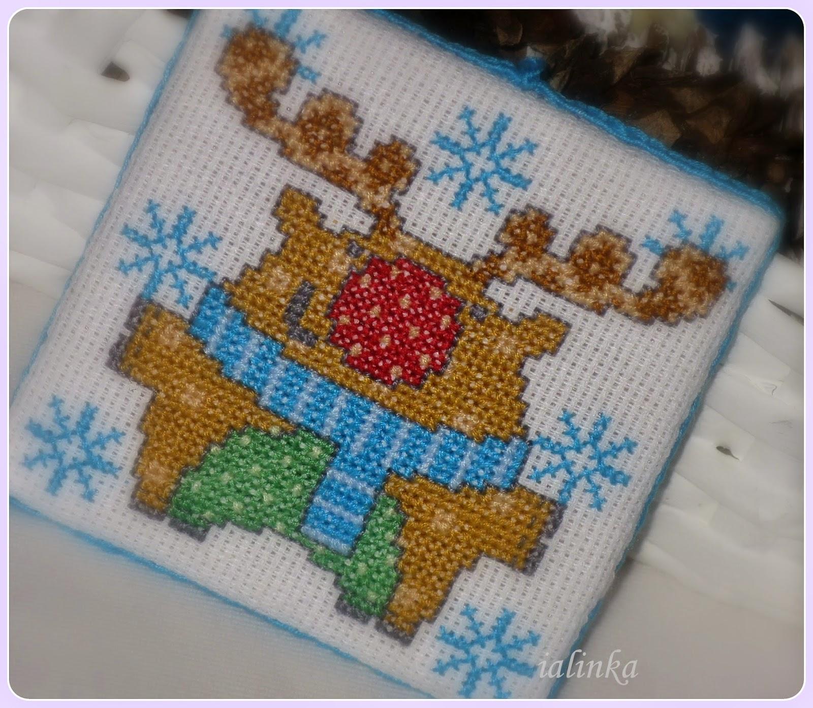 олень вышивка крестом новый год рукодельная елочка