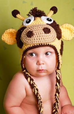 Gambar Bayi Lucu Laki-Laki Pakai Topi