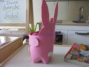 Nota: Fue muy fácil de elaborar y le caben bastantes huevos de Pascua, . conejo pascua copy