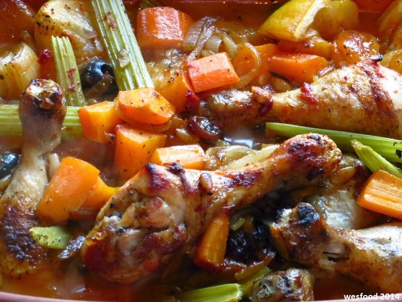 wesfood: hähnchen mit aprikosen aus dem tontopf - Nordafrikanische Küche