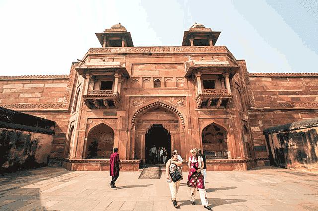 Fatehpur Sirkr, istana tempat tinggal ratu Jodha
