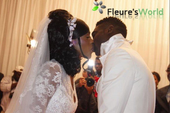 Le seul mariage à Abidjan où on a vu un carosse tiré par des ...