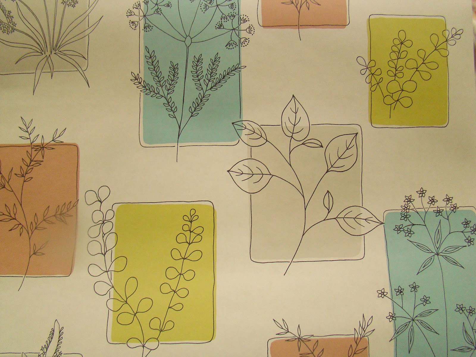 In the living room we are having a wall of the Little Greene 'Herbes  title=