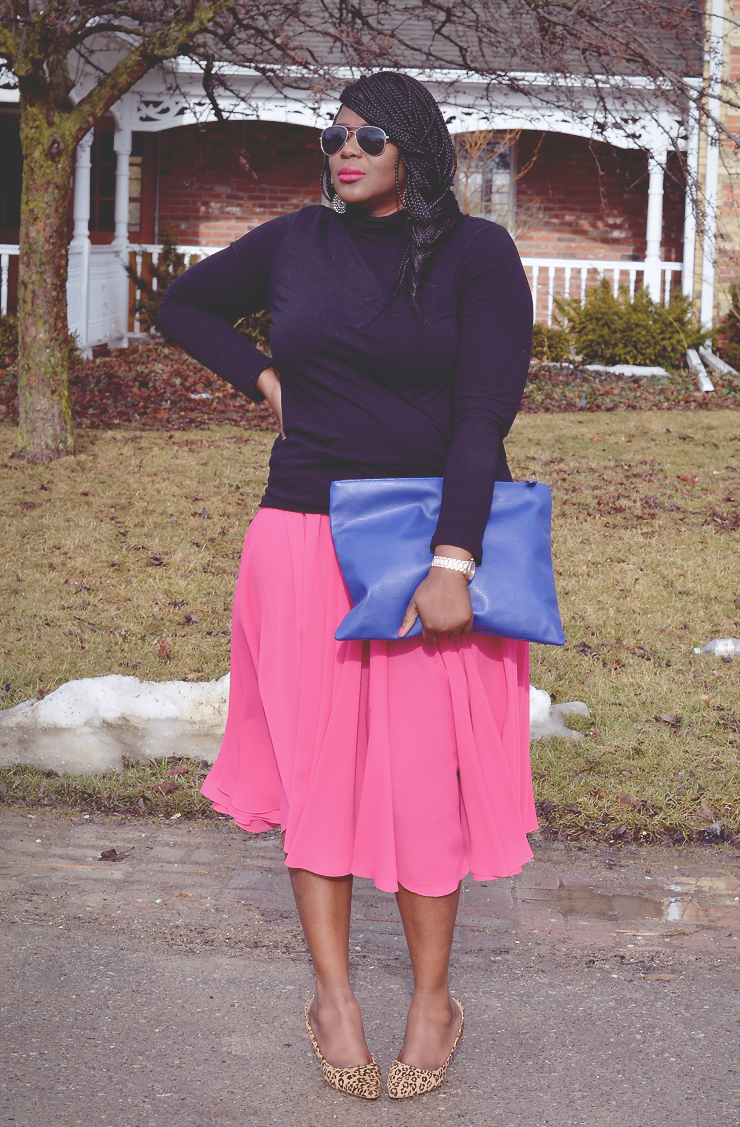 Trendy Plus size fashion for women: pinspiration #fashion #pinkskirt #howtowear #turtleneck