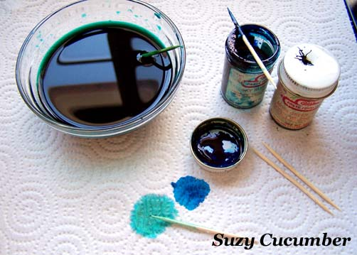 Suzy Cucumber: Dying a Silk Shirt with Food Coloring