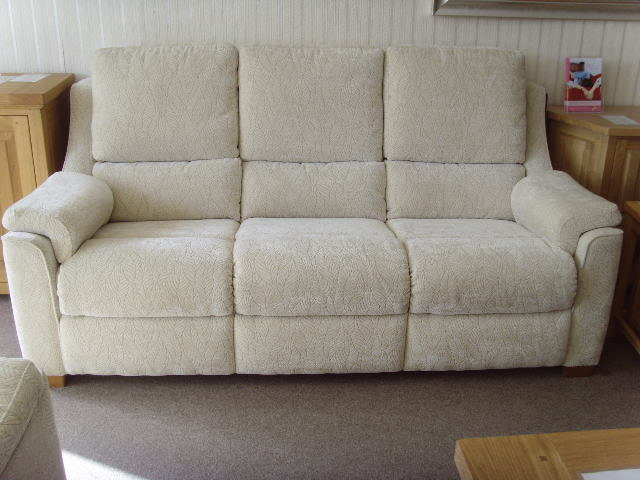 Haynes Furnishers End Of Line Clearance Furniture
