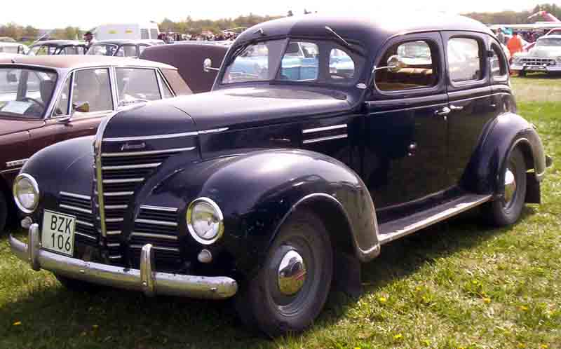 Autoliterate jim christy a 1939 plymouth for 1939 plymouth 2 door sedan