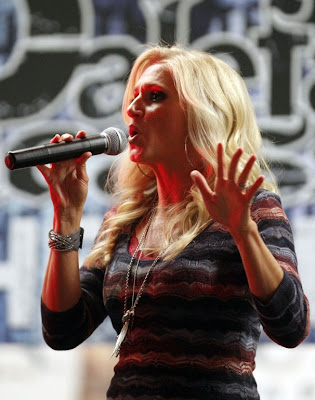 Celebrities at Super Bowl 2012