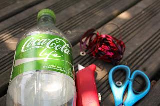 boite surprise bouteille de coca