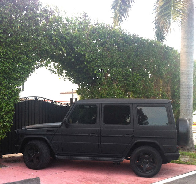 Matte black mercedes g55 exotic cars on the streets of miami for Mercedes benz jeep matte black