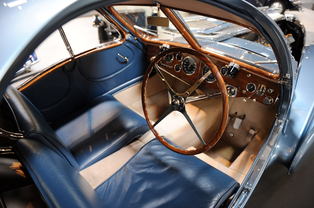 review and pictures bugatti 57sc atlantic 1936 expensive classic cars auto car. Black Bedroom Furniture Sets. Home Design Ideas