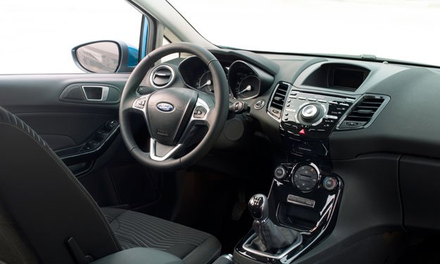 Interior de Ford Fiesta 2013