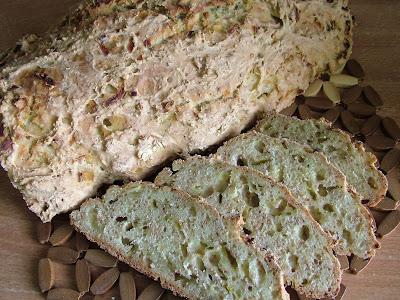 Chleb cebulowy z otrębami