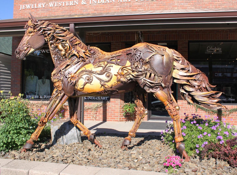 09-John-Lopez-Scrap-Iron-Animal-Sculptures-www-designstack-co