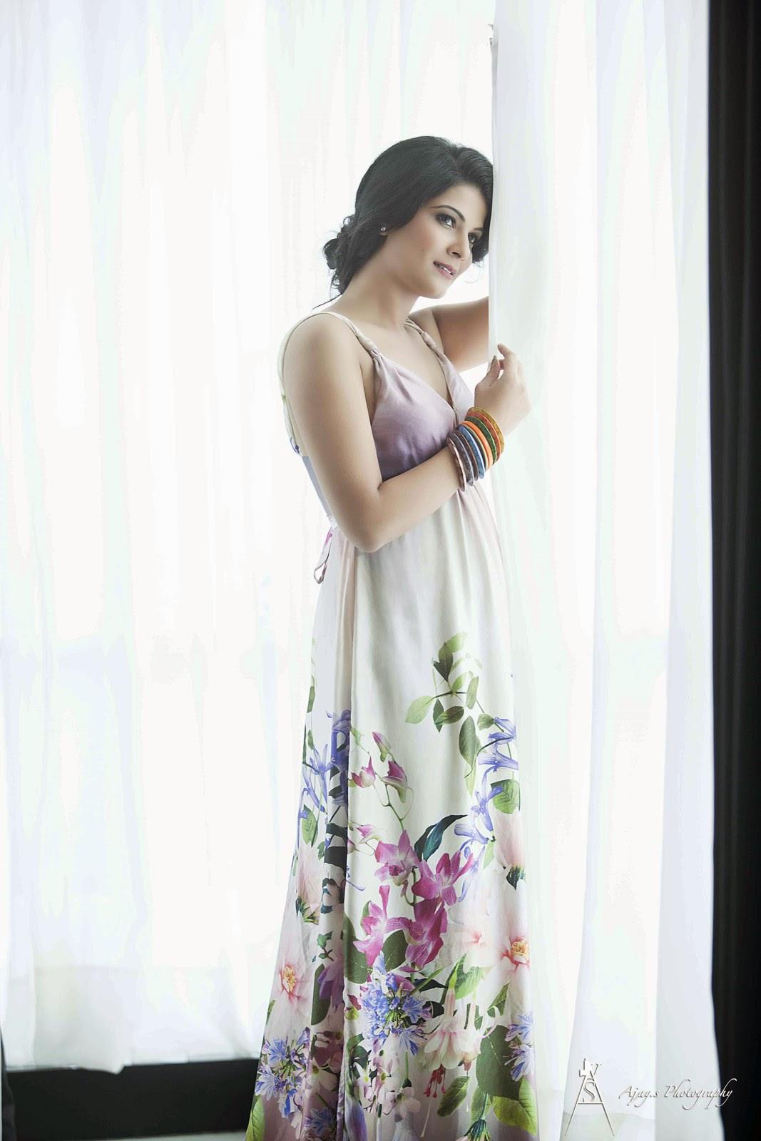 Manisha shri latest glamorous photos-HQ-Photo-14
