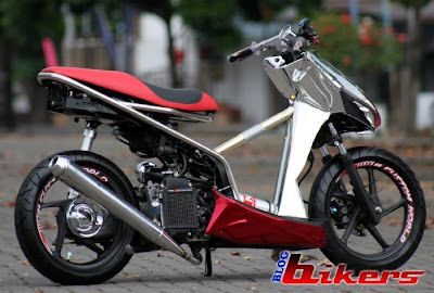modif vario drag race